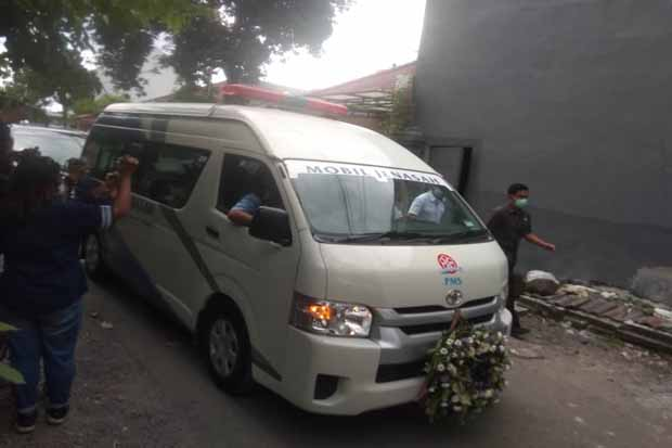 Usai Disalatkan, Jenazah Ibunda Jokowi Dilepas ke Pemakaman