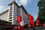 Masjid Istiqlal Kembali Disemprot Disinfektan Jelang New Normal