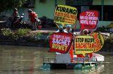 Ecoton Ajak Warga Jaga Kali Surabaya dari Sampah Plastik