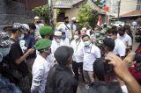 Datangi Rumah Petamburan, Polisi Serahkan Surat Pemanggilan Kedua Habib Rizieq