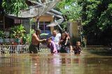 Banjir Rendam Puluhan Rumah di Aceh Barat