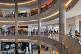 Pusat Perbelanjaan Ramai di Masa Libur Lebaran