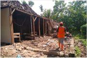 Ditinggal Jemur Jagung, Rumah Nenek Ini Tiba-tiba Ambruk
