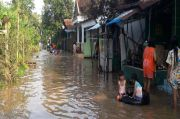 Ratusan Rumah di Jombang Jawa Timur Terandem Banjir 1,5 Meter
