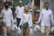 Gaji Bulanan Anggota DPRD Dibelikan Sembako untuk Warga
