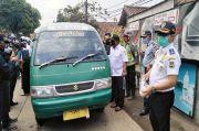 Perangi Corona, Dishub-Organda Bandung Barat Sterilkan Angkot