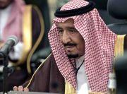 Raja Salman Izinkan Salat Tarawih di Masjidilharam dan Masjid Nabawi