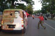 Pandemi COVID-19, Nina Agustina Dai Bachtiar Bagikan Paket Makanan ke Warga