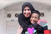 Mantan Istri UAS Kini Berjualan Rendang, Minta Doa agar Go Internasional