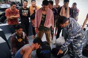 TNI AL Amankan 20 TKI Ilegal dari Malaysia di Perairan Asahan