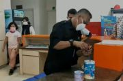 Viral Kakak Adik Asal Bekasi Sumbangkan Uang Tabungan untuk Tenaga Medis