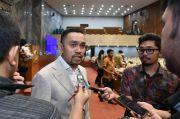 Siagakan 25 Ton Beras, Ahmad Sahroni Sebut Langkah Kapolri Tepat