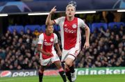 Gelandang Ajax Bebas Gabung Manchester United, Juventus atau Madrid
