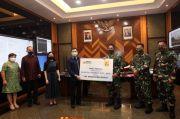 Diterima KSAD, HT Serahkan 30.000 APD untuk 68 Rumah Sakit Angkatan Darat