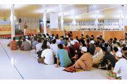 Aktivitas Pesantren Siswa Al Masoem, Terapkan Reward and Punishment