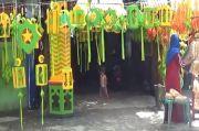 Pedagang Pernak-Pernik Ramadhan di Medan Keluhkan Penjualan Turun Drastis