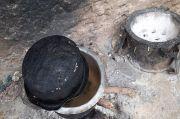 Kisah Umar bin Khattab RA Terulang, Janda Ini Masak Batu untuk 8 Anaknya yang Lapar