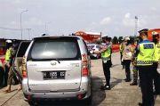 Bandel, Tujuh Mobil Travel Ditilang di Tol Palimanan