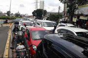Masih Masa PSBB, Jalan Raya Bekasi Terpantau Macet