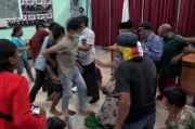 Protes Bansos, Warga Geruduk Kelurahan dan Nyaris Keroyok Ketua RW
