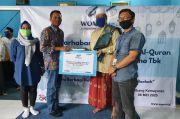 WOM Finance Donasikan 1.300 Alquran ke Pondok Pesantren