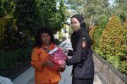 Bea Cukai Bantu Penuhi Kebutuhan Sembako Pekerja Harian di Tiga Kota