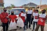 Dukung PSBB, Nina Dai Bachtiar Bagikan Ribuan Makanan di 3 Kecamatan Selama Ramadhan