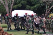 Prabowo dan Anies Hadiri Pemakaman Mantan Panglima TNI Djoko Santoso di San Diego Hills