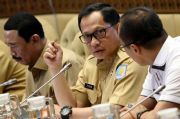 Presiden Perintahkan Mendagri Landaikan Kurva Covid-19 di Daerah