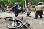 Sepeda Motor Hantam Mobil Boks di Simalungun, Dua Orang Tewas