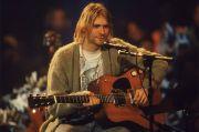 Gitar Kurt Cobain di Acara MTV Unplugged Dilelang