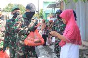 Pandemi COVID-19, Prajurit Kostrad Tebar Senyum di Pelosok Desa