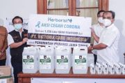 Herborist Kembali Salurkan Hand Sanitizer dalam Aksi Cegah Corona