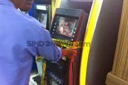 Rekening Bank Belasan Warga Cengkareng Dibobol lewat Skiming ATM