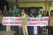 Tolak 52 TKA China, Warga Demo Bandara Rahadi Oesman Ketapang