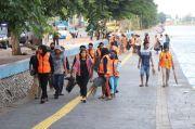 108 Pelanggar PSBB Kena Sanksi Bersihkan Danau Sunter