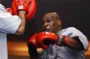 5 Petinju Veteran yang Layak Hadapi Mike Tyson