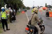 Diduga Mudik, Pemotor, Mobil, dan Travel dari Jabodetabek Diputar Balik di Cirebon