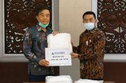 Tangani Corona, KSP Serahkan 5.000 APD untuk Tenaga Medis