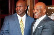 Holyfield Ingatkan Mike Tyson Dia Memukul, Saya Pukul Balik