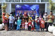 Pandemi COVID-19 Saat Ramadhan, FEB Unisma Peduli Fakir Miskin