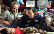 Kakek yang Rawat Cucu Lumpuh Selama 17 Tahun Akhirnya Terima Bantuan Pemerintah