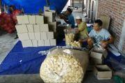 Pandemi Corona, Perajin Kerupuk Rambak Khas Kendal Sepi Pesanan