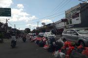 Usai Lebaran, Sampah di Ciledug Mengular hingga 1 Km