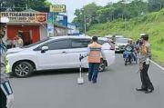 Ratusan Kendaraan Disuruh Putar Balik di Pos Gentong Tasikmalaya