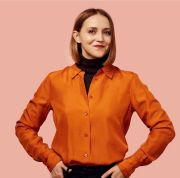 Pusing Pilih Baju? Yuk, Belajar Capsule Wardrobe dari Daria Andronescu
