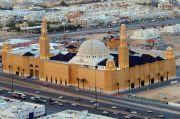 Dibuka Lagi untuk Salat Berjamaah, Ini Protokol Corona di Masjid Arab Saudi