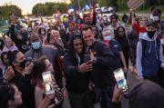 Demo Saya Tidak Bisa Bernapas Tak Terbendung, Seorang Sheriff di Michigan Bergabung