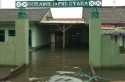 Banjir Rob Merendam Kantor Koramil, Polsek dan Camat Pekalongan Utara