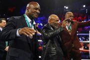 Bukan Mike Tyson, Holyfield Sebut Lennox Lewis Musuh Terberatnya